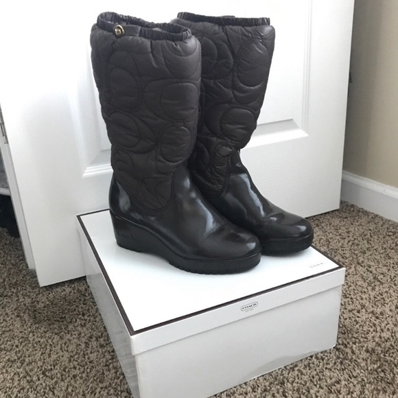Coach Shoes - COACH Signature Cantina Quilted Winter Boots Sz 7